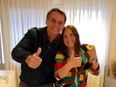 Após demissão de Alvim | Bolsonaro avalia recriar Ministério da Cultura para ter Regina Duarte