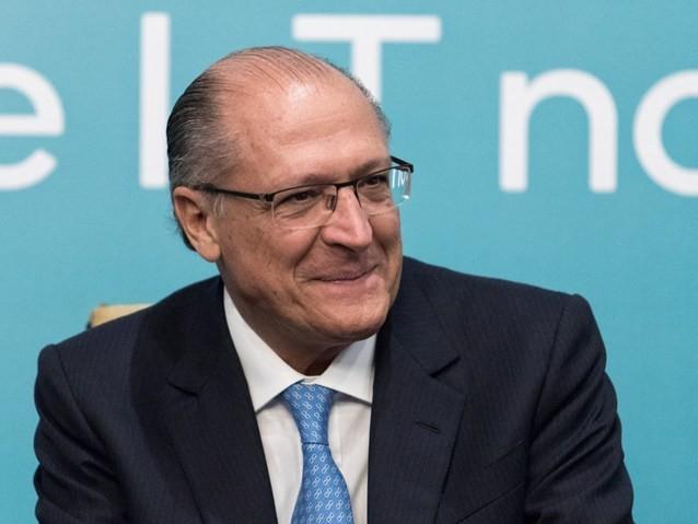 Alckmin promete que vai mexer na aposentadoria