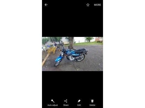 Moto SANLG SL 125 clasic 2016