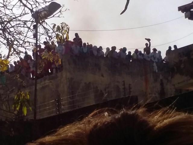 Familiares buscam localização de presos transferidos de presídio no Piauí