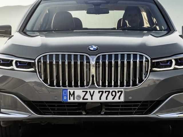 Novo BMW Série 7 2020 traz grade estupidamente grande