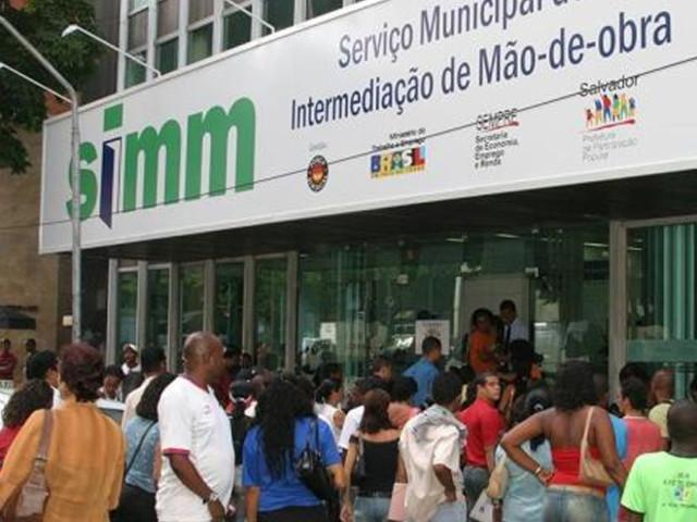 Confira as vagas oferecidas pelo SIMM nesta terça-feira (22)