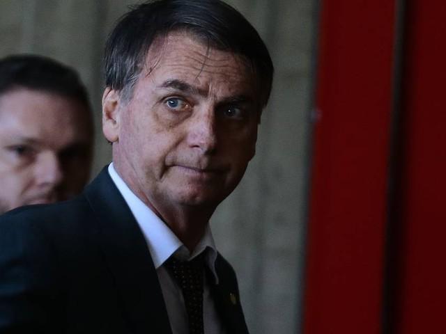 Bolsonaro diz que haverá fusão do Ministério do Trabalho com outra pasta