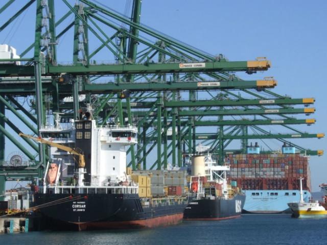 Agentes de navegação esperam expansão do terminal portuário de Sines
