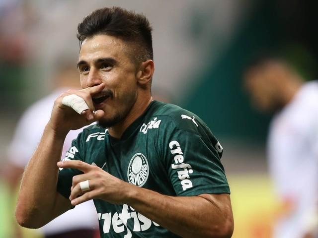 Artilheiro da temporada, Willian encontra vaga no ataque do Palmeiras