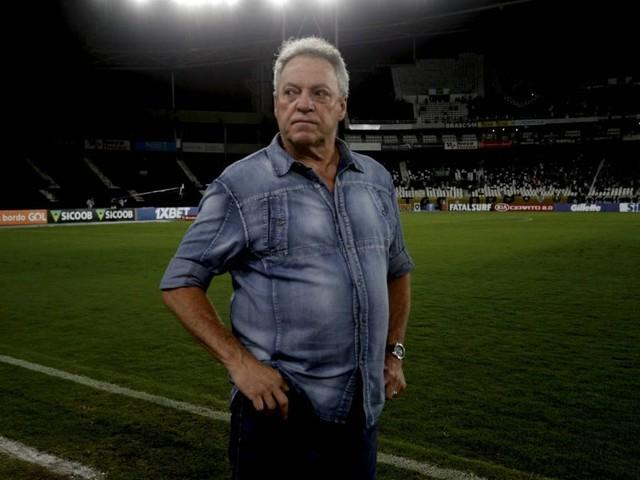 Vasco prioriza Abel Braga para substituir Vanderlei Luxemburgo no cargo de técnico