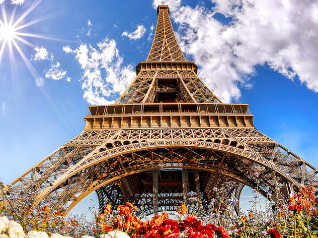 Baixou! Passagens para Paris a partir de R$ 1.836 saindo de várias cidades brasileiras!