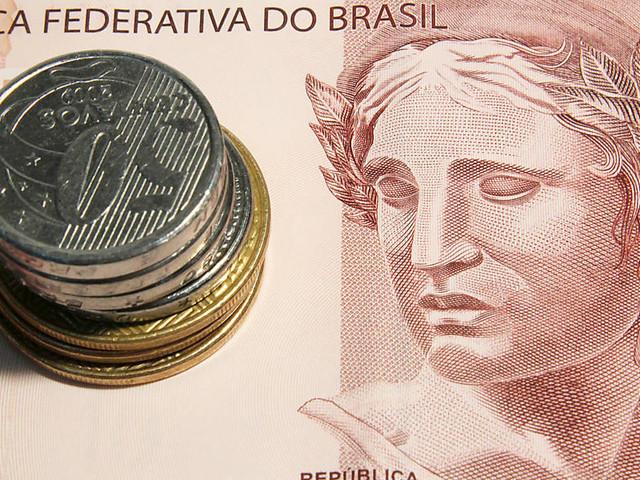 Brasil tem superavit comercial de US$ 7,2 bilhões, recorde para junho