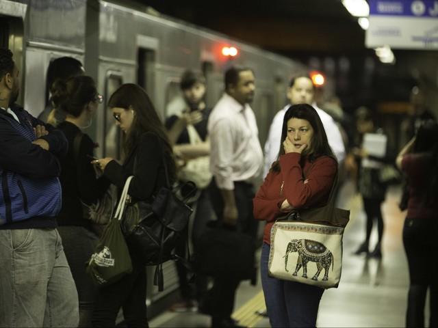Depois de mais de uma hora, linha Azul do Metrô SP volta a funcionar