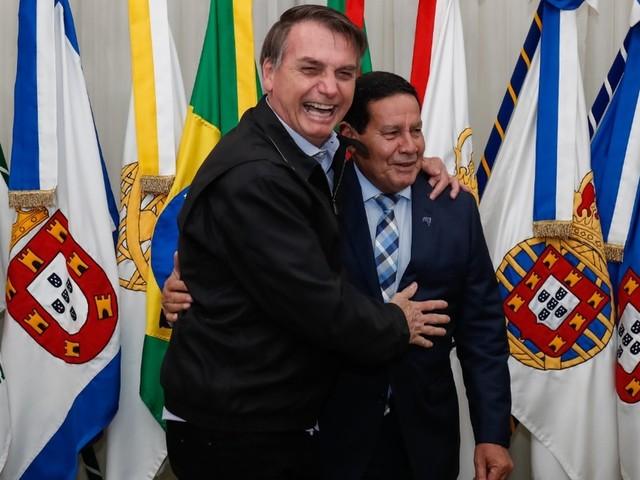 Bolsonaro embarca para o Japão para participar de cúpula do G20