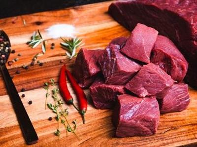 Veja como agem | Amaciante de carne de segunda é alternativa para manter cardápio e economizar