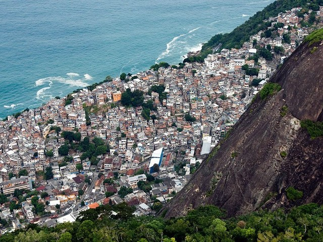 Comment on Police Kills Two People in Rio's Vidigal Favela, Says Witness by Publisher