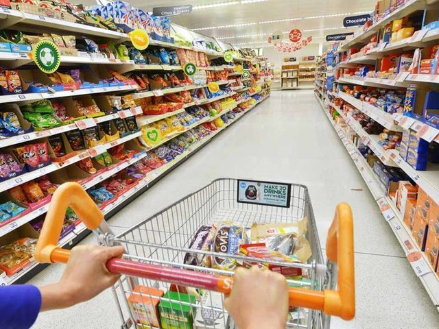 Household Consumer Spending Intention in Brazil Drops 1.7 Percent in July
