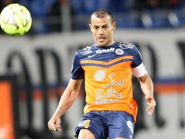 """Quem é o desconhecido """"vovô"""" brasileiro que cresce muito no Fifa no Francês"""