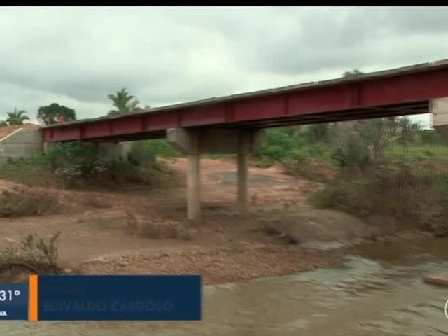 Obra de ponte que encurtaria distância entre Beneditinos e Teresina está parada há 20 anos