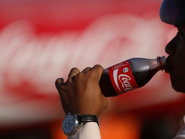 Coca-Cola oferece R$ 3 milhões para quem resolver seu maior problema
