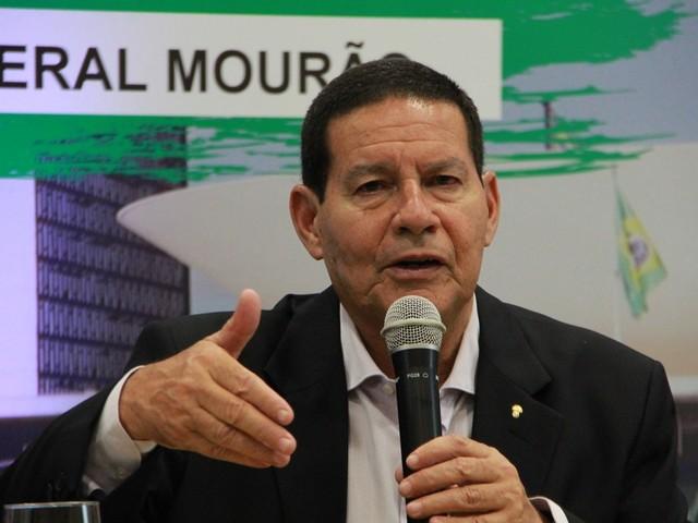 'Ele precisa dizer de onde saiu o dinheiro', diz Mourão sobre ex-motorista de Flávio Bolsonaro