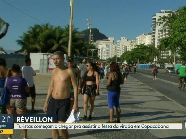 Réveillon no Rio: balsas com fogos são vistoriadas nesta segunda