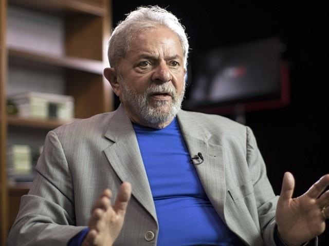 DataPoder360: Lula sobe e Bolsonaro cai