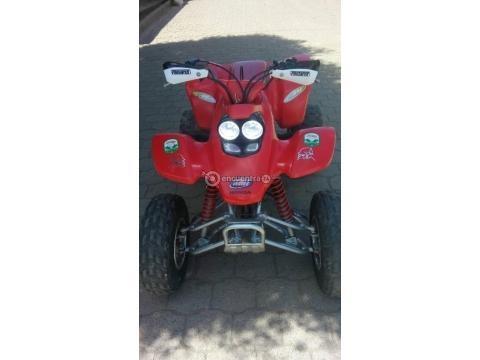 Vendo lindo honda TRX400