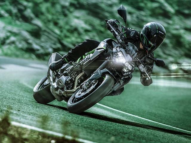 Kawasaki lança Z900 2021 por R$ 48 mil