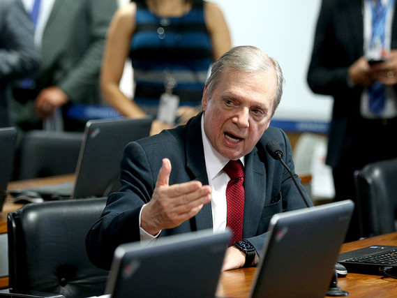 'Essa coisa não é simples' | Relator da reforma da Previdência no Senado adia entrega de parecer