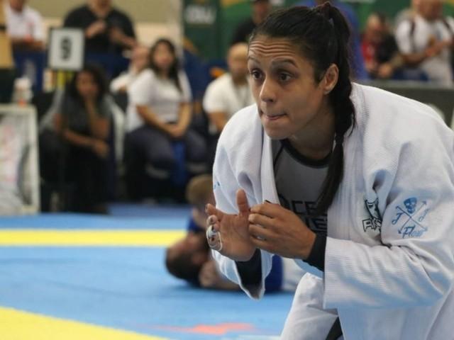Barrada pela imigração dos EUA, brasileira relata drama e humilhação antes do Mundial de Jiu-Jitsu; veja