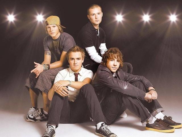 Após anunciar volta, McFly lança duas canções; ouça