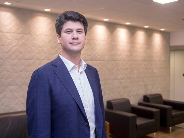 Presidente do BNDES quer vender R$ 100 bi em participações