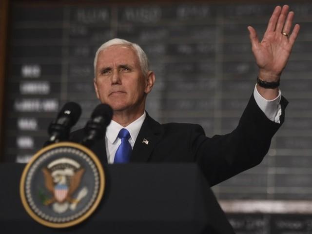 Vice-presidente dos EUA adia viagem ao Oriente Médio por votação no Senado