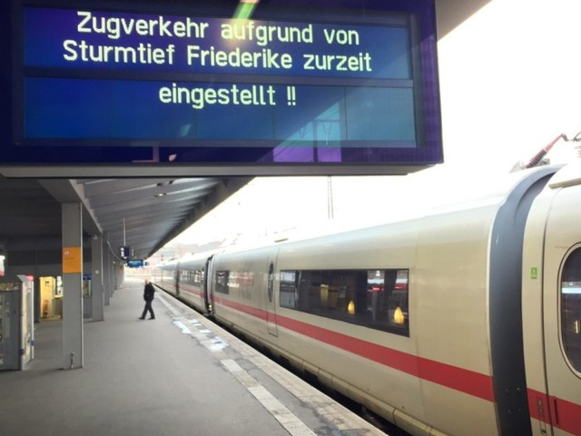 Bahn stellt Zugverkehr auch in Niedersachsen komplett ein