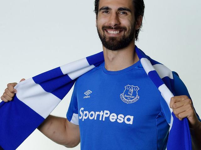 Barcelona acerta venda de André Gomes ao Everton
