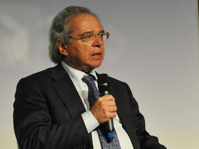 Paulo Guedes fala em privatizar a Caixa