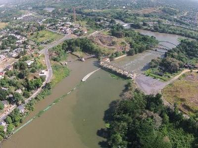 Tratamento de esgoto | Cedae engaveta há 10 anos obra que evitaria crise da água no Rio