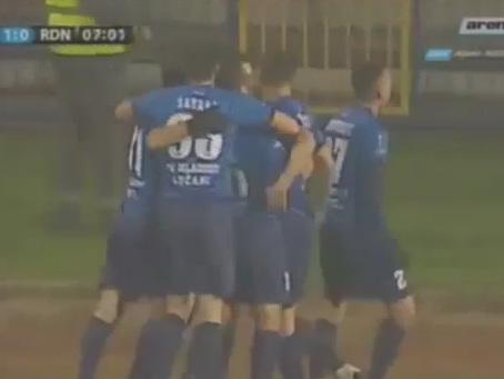 Se fosse a favor, este sérvio não faria um gol tão lindo; assista