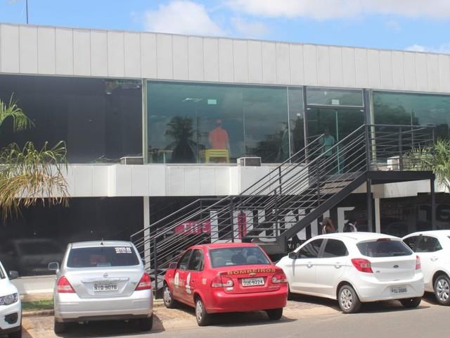 Boate onde mulher foi atingida por fogos durante show pirotécnico em Teresina é multada em quase R$ 6 mil