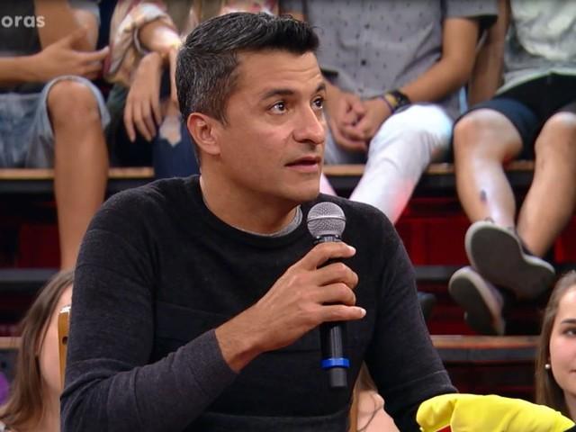 Árbitro da Copa anuncia aposentadoria e pode substituir Arnaldo Cezar Coelho na Globo