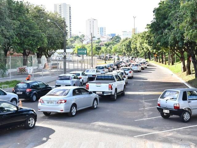 Pandemia no Brasil | Ocupação de UTIs cai em Ribeirão Preto, que mira sair da fase vermelha em SP