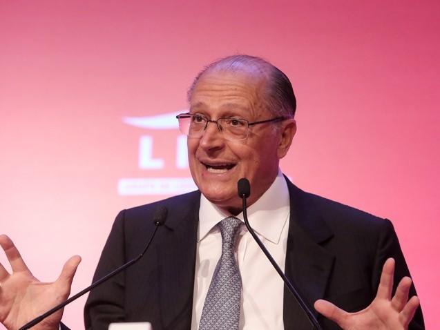 Tucanos não acreditam que candidatura Alckmin vá até o fim