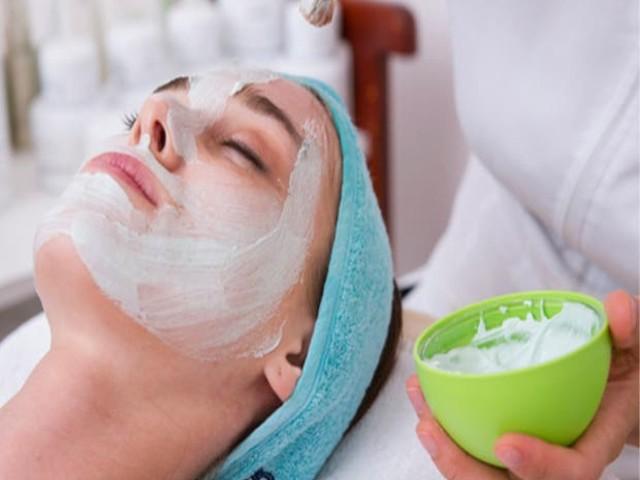 Cuide-se diariamente: tudo que você precisa saber sobre a limpeza de pele