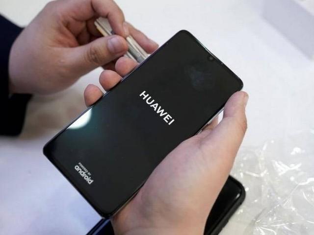 EUA ampliam em 90 dias prazo para Huawei comprar componentes de fornecedores americanos