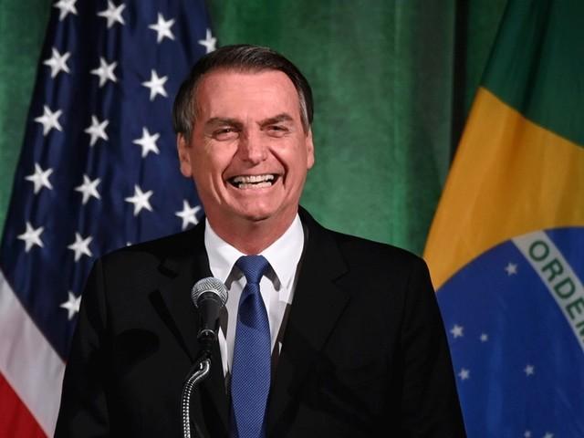 Com isenção de visto, Brasil vai perder R$ 60 milhões
