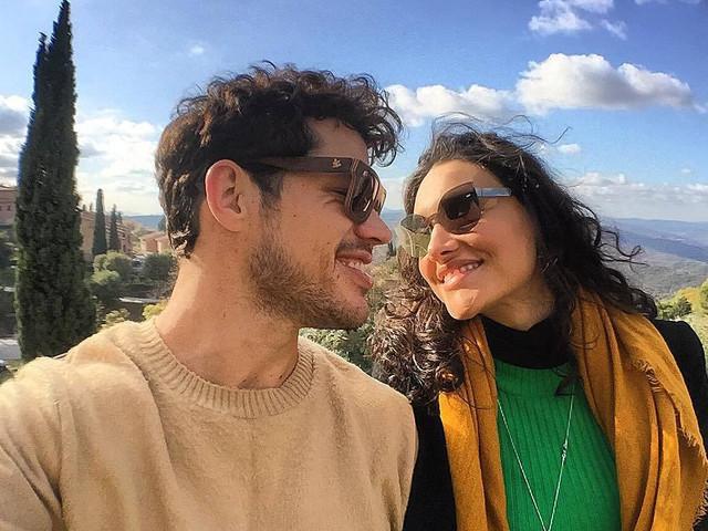 Após flagra juntos e notícia que reatou com José Loreto, Débora Nascimento é destruída e paga alto preço