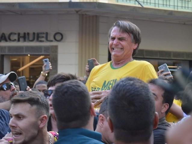 Imprensa internacional repercute ataque a Bolsonaro