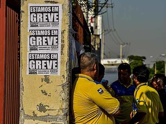 Carteiro assaltado 13 vezes enquanto trabalhava ganha R$ 70 mil na Justiça