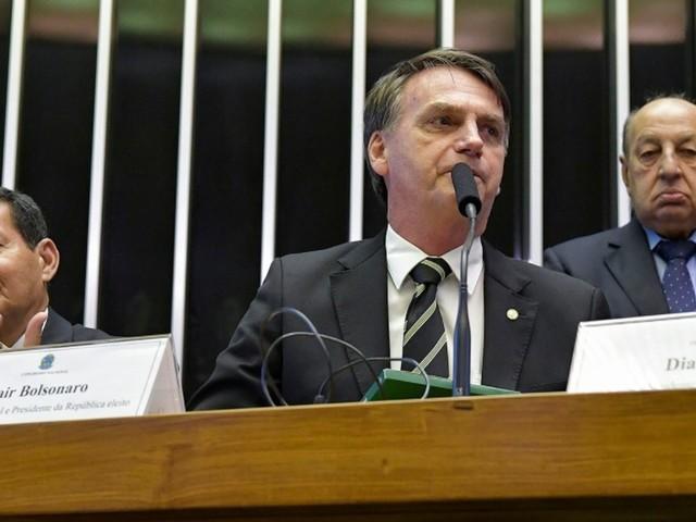 Bolsonaro volta a Brasília para discutir Previdência e se reunir com presidentes de tribunais