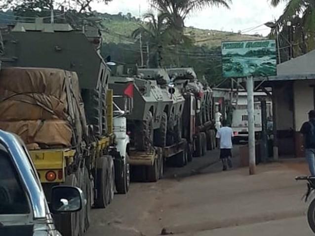 Maduro reage a Bolsonaro e coloca tanques na fronteira com o Brasil
