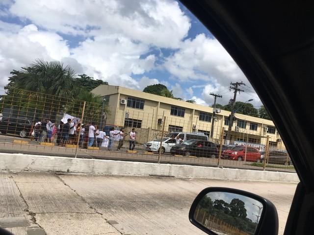 Protesto de servidores pede agilidade nas investigações pela morte do prefeito de Tucuruí