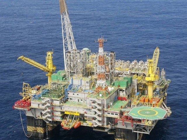 Petrobras falha em contenção de dois vazamentos e esconde acidente do mercado