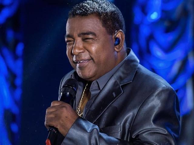 Raça Negra cancela shows por recomendação médica após vocalista Luiz Carlos passar mal
